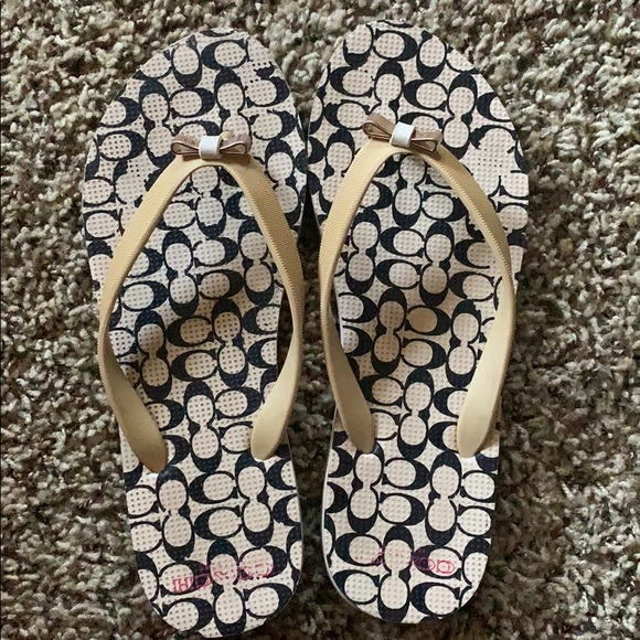 Coach Shoes - Coach sandals size 7-8